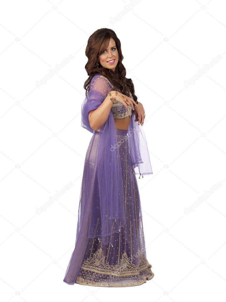 una mujer atractiva en ropa hindú — Foto de stock © kozzi2 #20330653