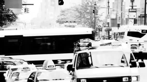 New York Street, fekete-fehér