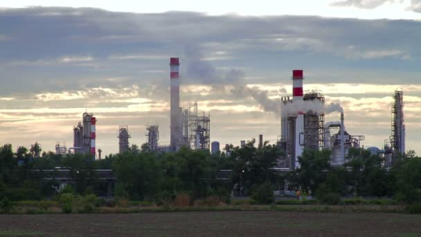 ropné rafinerie v Bratislavě