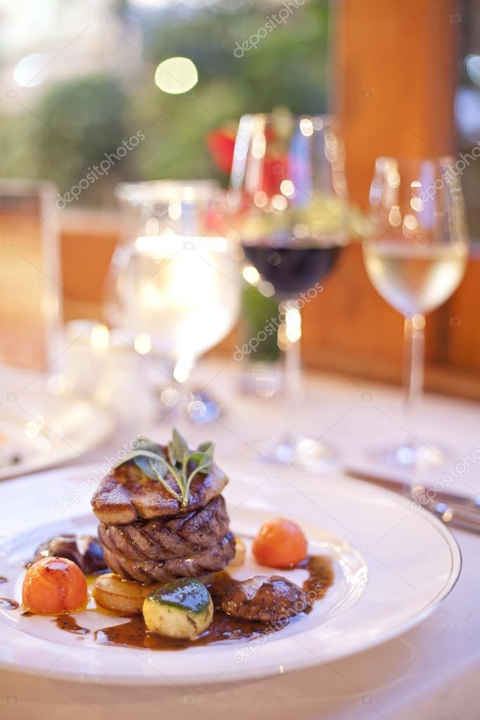 Hamberger beef steak with black pepper
