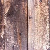 la struttura di legno con motivi naturali