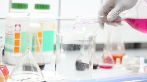 kutató laboratórium
