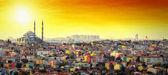 Fotografia Moschea di Istanbul con zona residenziale colorato tramonto