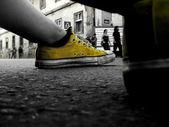 Fotografia scarpe gialle