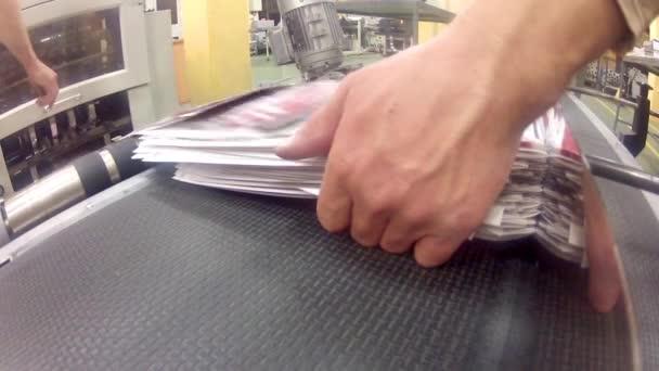 noviny výrobní linka
