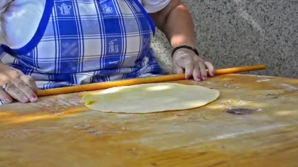 staré tradiční způsob sloučení těsta.