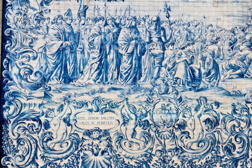 Bemalte Kacheln Azulejos An Der Wand Einer Kirche In Porto - Bemalte fliesen kaufen