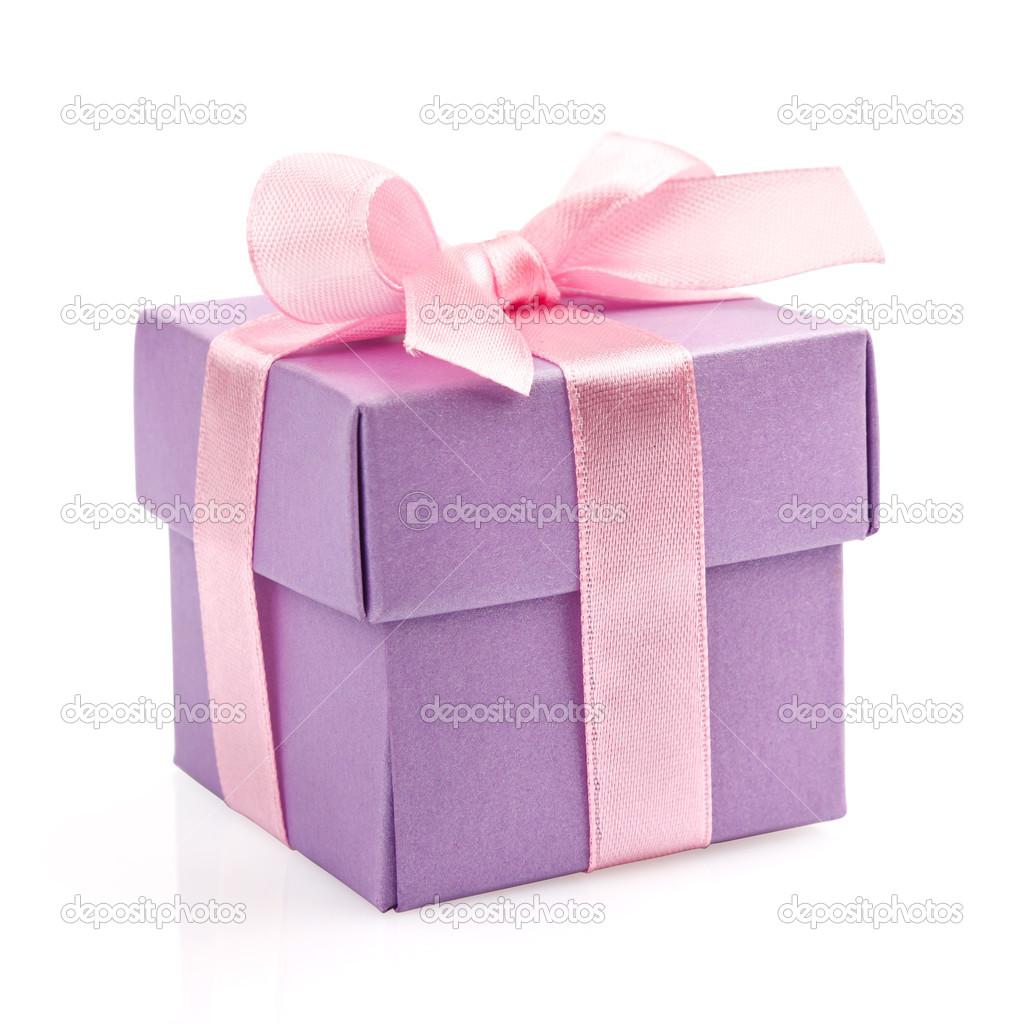 caja de regalo con cinta de color rosa y lazo — Fotos de Stock ...