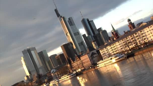 Németországi Frankfurtra pan gyors zoom