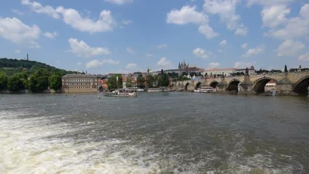 lodní doprava Karlův most, Pražský hrad 11371