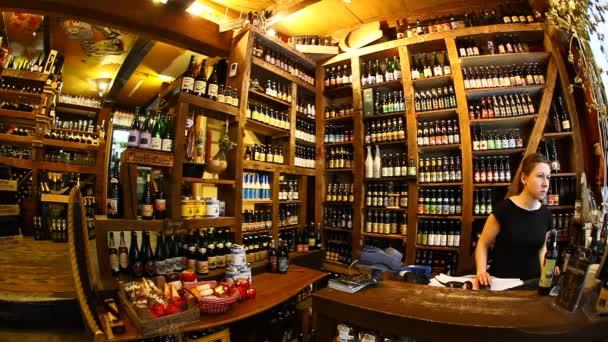 Historie amsterdam shop prasklé konvice pivo a víno