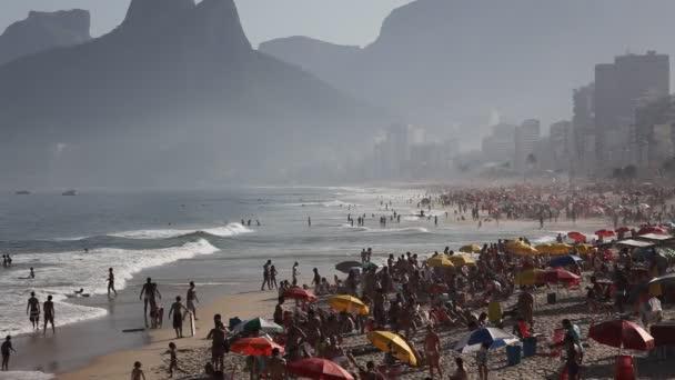 Copacabana beach rio de janeiro, Brazílie