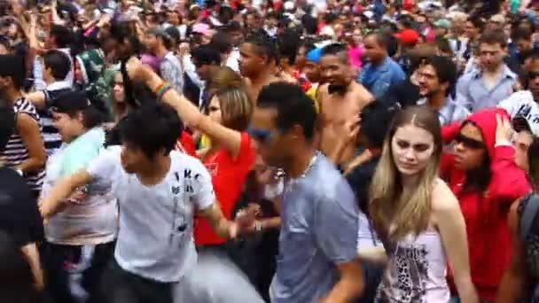Sex parade video — img 4