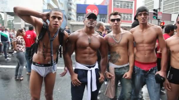 Izom-építők az LMBT Gay Pride Parade Sao Paulo Brazília