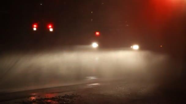 blikající hasič výstražnými světly hasičský vůz