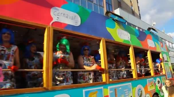 čas karnevalu! gran cabalgata - grand parade