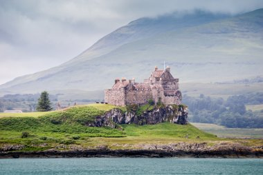 Duart Castle - unprocessed version