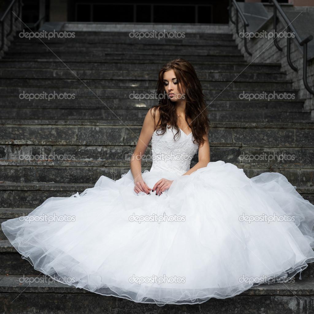 Скачать фото девушки свадебном платье