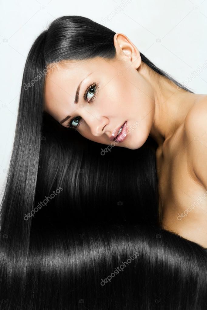 Посмотреть картинки красивых женщин--брюнеток 2