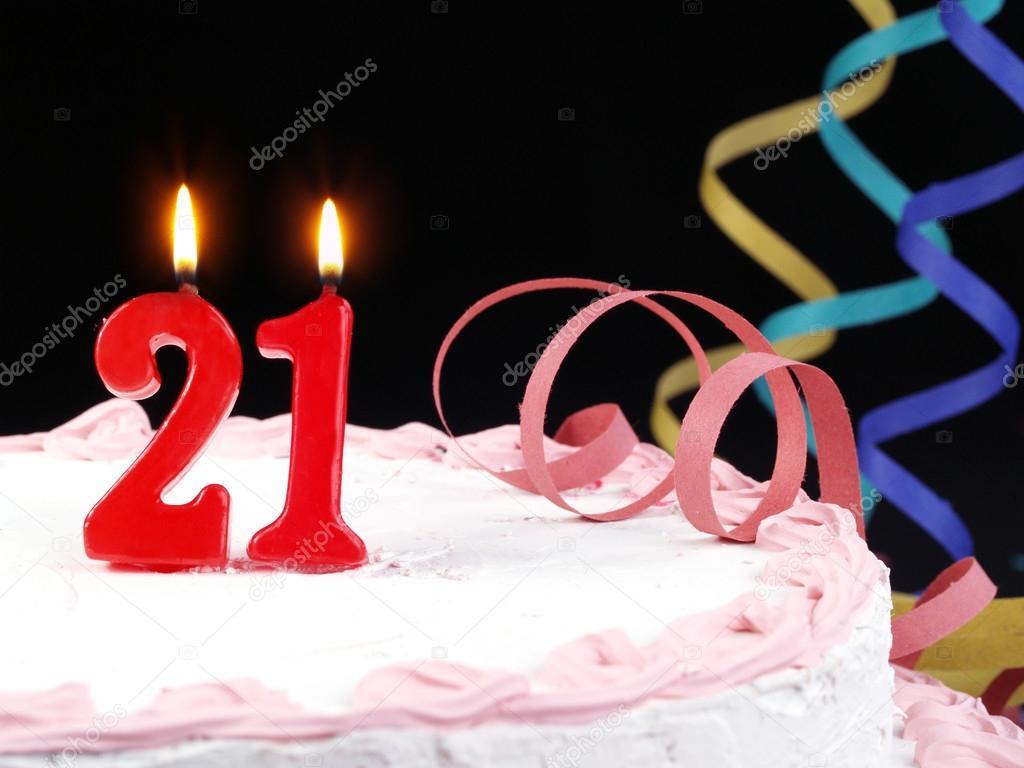 szülinapi torta 21 Piros gyertya mutatja Nr. 21 születésnapi torta — Stock Fotó  szülinapi torta 21