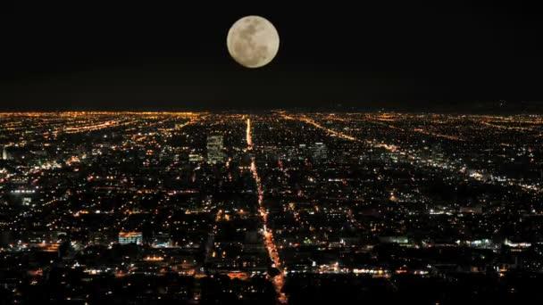 časová prodleva Moon rising nad los angeles