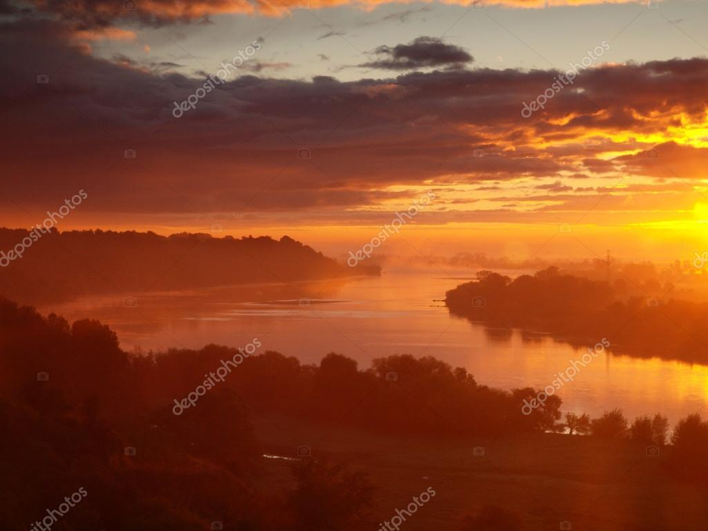Sunrise over the Vistula River.