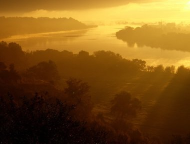 Sunrise over the Vistula 2