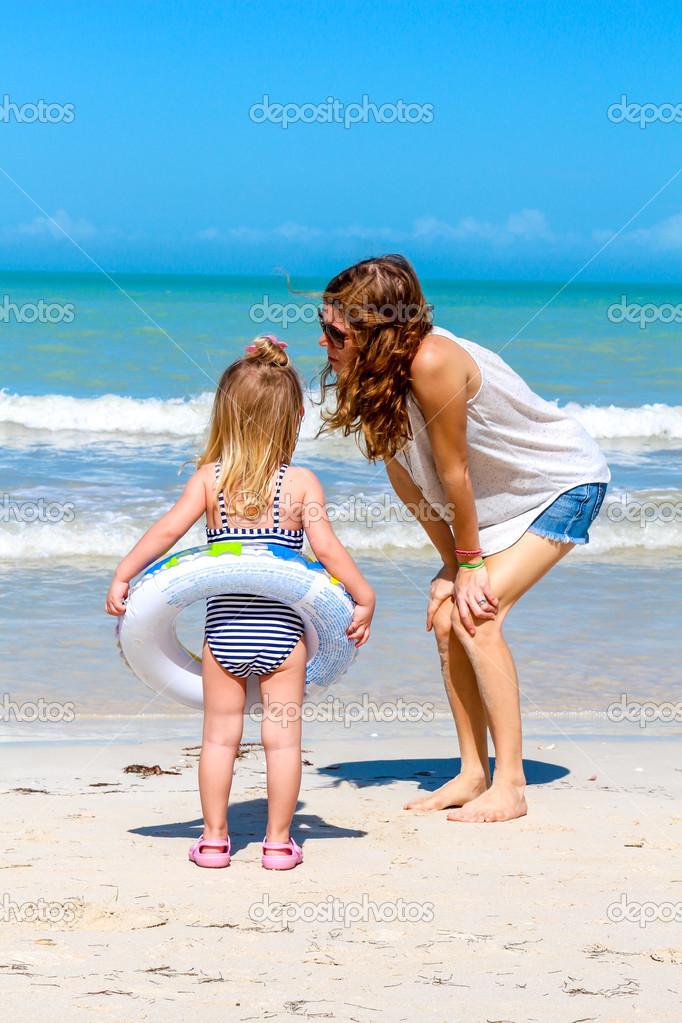 раздражение на шее у ребенка фото