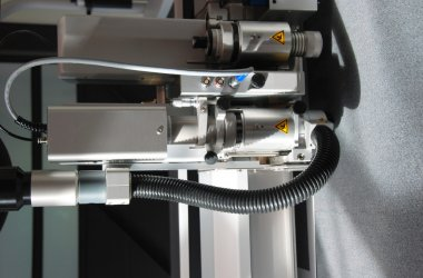 Laser cutting plotter