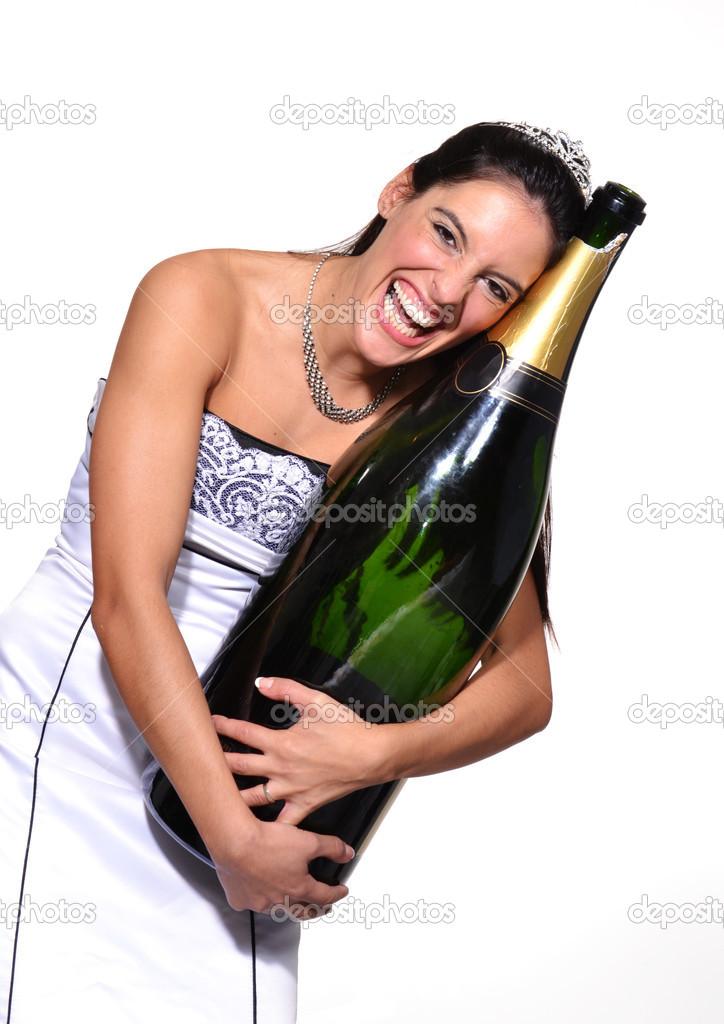 пробили жопу бутылкой шампанского - 5