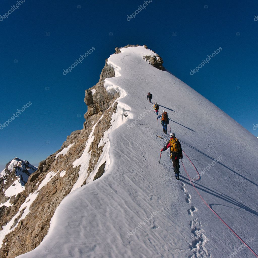 mountain climbing expeditions challenged - 1000×1000