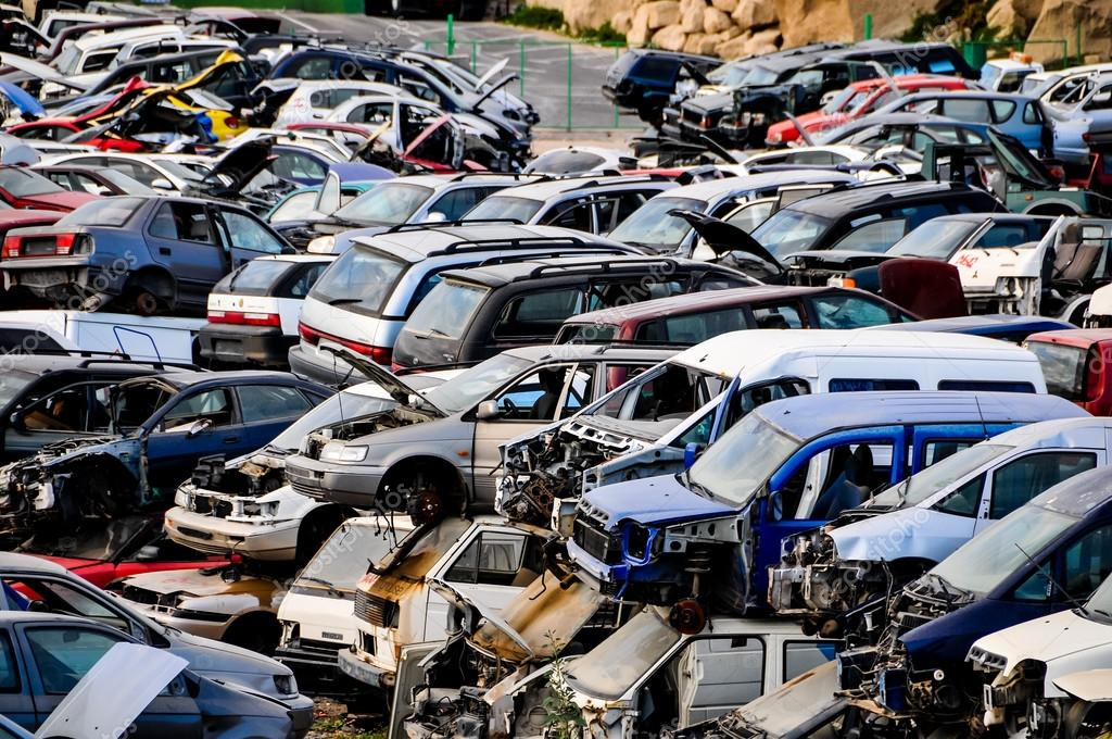 Old Junk Cars On Junkyard — Stock Photo © underworld1 #44569677