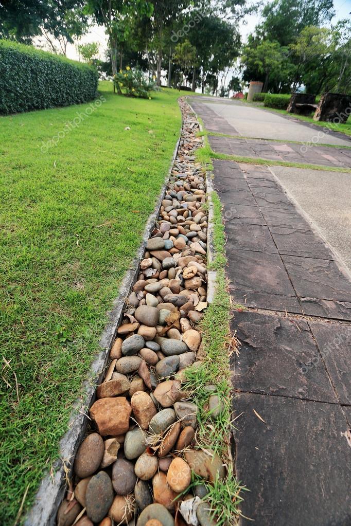 Giardini zen giapponesi foto stock oilslo 36478531 for Giardini zen immagini