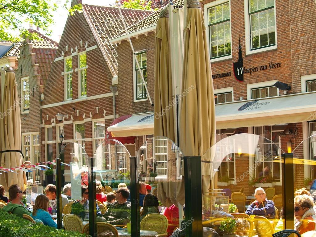 Restaurants In Huizen : Restaurants in de straten en oude huizen veere u2013 redactionele