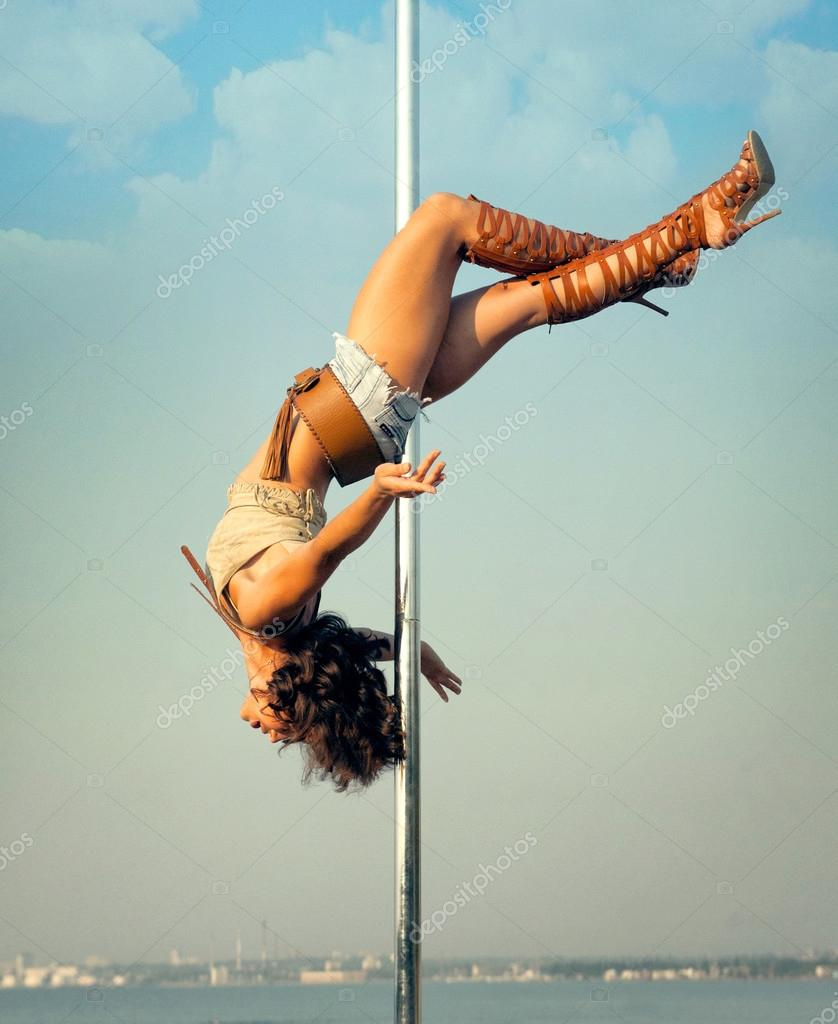 pole dance exterieur