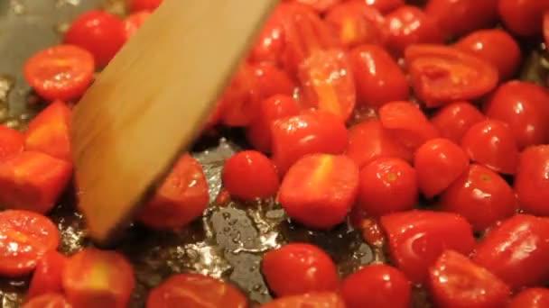 vaření pachino rajčata oblékat těstoviny