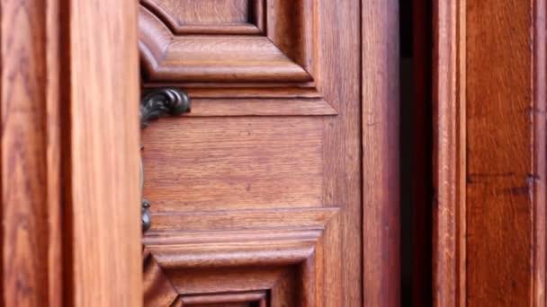 antik ajtó