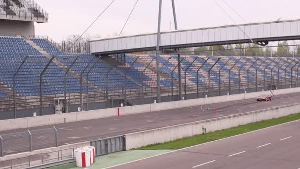 závodní trať. Audi r8 test