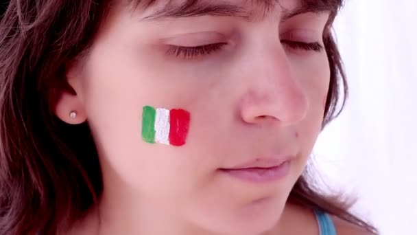 Face painting flag of Italy