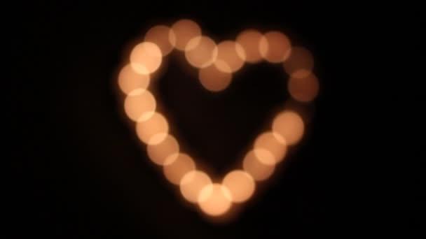 tvaru srdce ze svíček