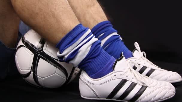 Fußball, Fußball Spieler Schuh und Ball, Nahaufnahme