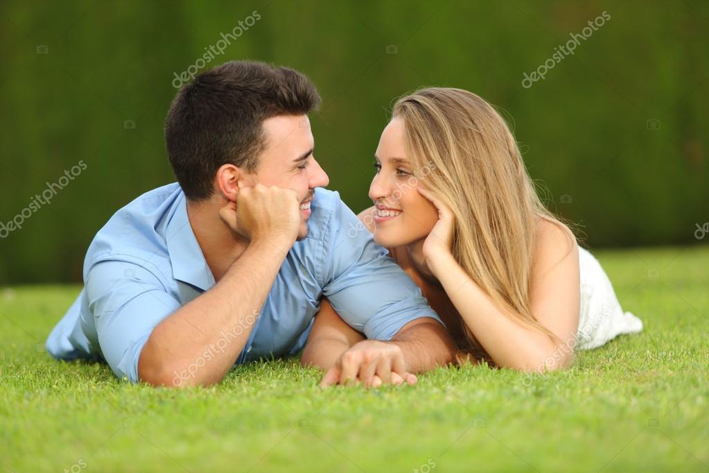 19 år gammal kille som dejtar en 21 år gammal