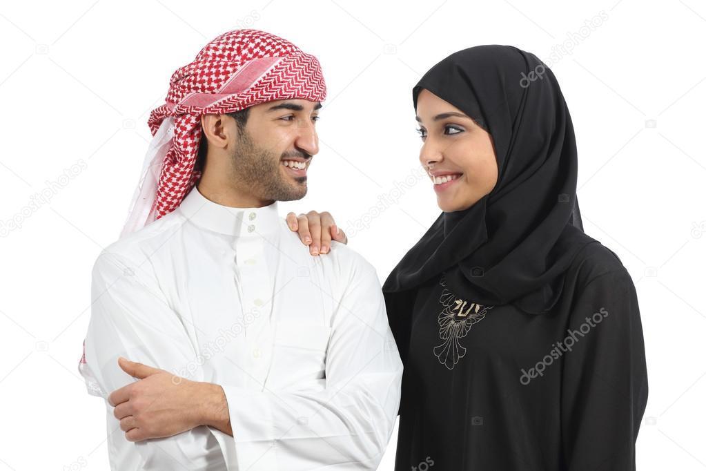 Mariage couple arabe saoudien à la recherche d\u0027amour