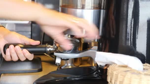 Barista így őrölt kávé kávédaráló
