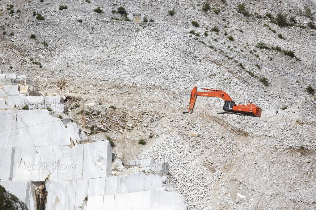 Italienischer Marmor italienischer marmor berge stockfoto mauriziobiso 1 28020343