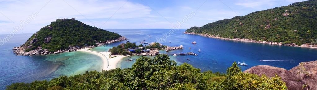 Beautiful tropical beach, Nang Yuan island in Thailand