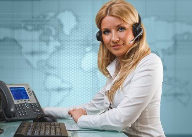 attractive young blonde girl as online support service