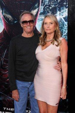 Peter Fonda and wife