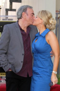 Neil Diamond, Katie McNeil