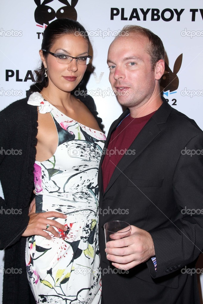 Adrianne Curry And Jamin Fite At The Playboy Tv Tv For 2 Tca Red Carpet Event Playboy Mansion Los Angeles Ca  Photo By S_bukley